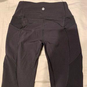Lulu Black Legging w/ Pockets